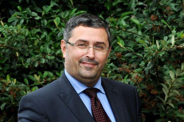 Le candidat socialiste Jérôme Safar peut déjà commencer à esquisser un sourire.