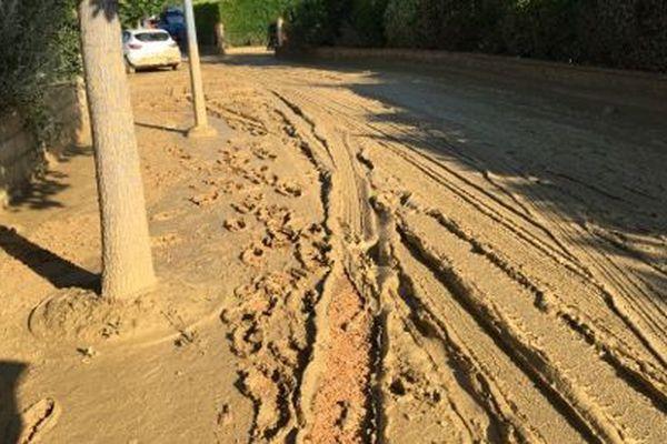 Deux jours après, la boue est toujours là à Gardouch
