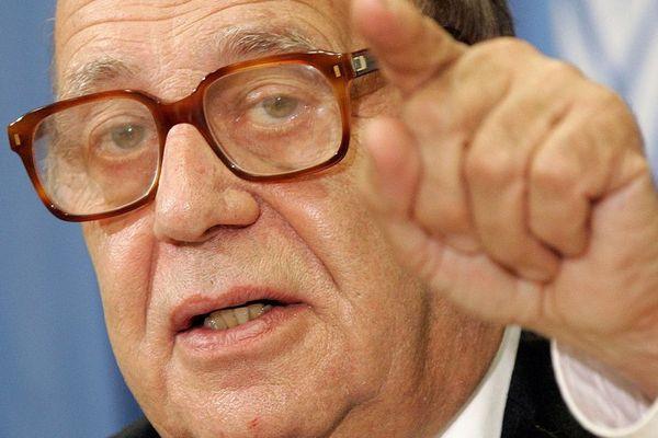 Le sociologue suisse Jean Ziegler donne une conférence lundi 9 juillet autour des oligarchies et du capital financier.