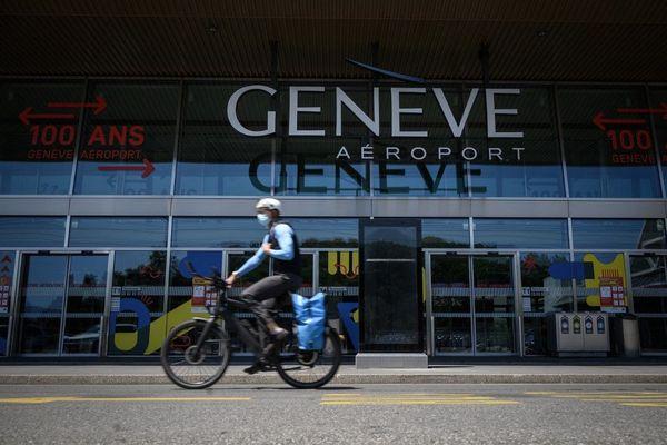 """Aéroport de Genève. Le trafic a été réduit au """"minimum absolu"""""""