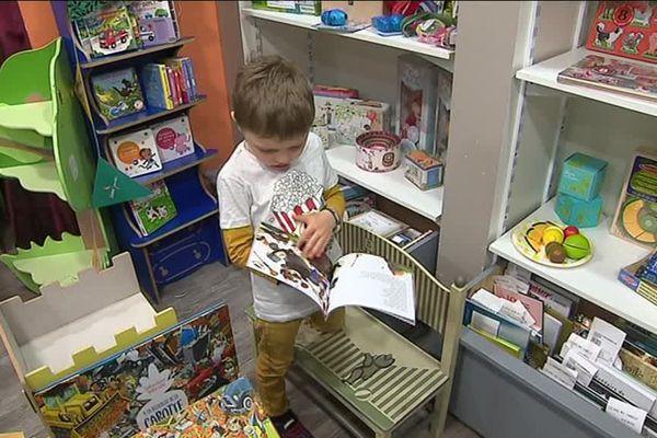 La librairie jeunesse vient de fêter ses dix ans d'existence