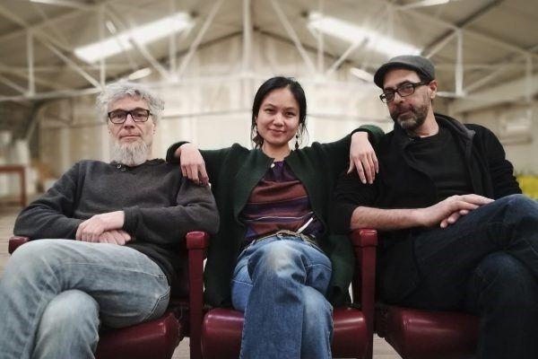 """L'équipe du """"Studio d'en Haut"""", Anthony Taillard, Nguyen Le et Rasim Biyikli, invitent, chaque jeudi à 20h, des artistes à présenter leurs créations au Hangar Cassin. Gratuit et tout public!"""