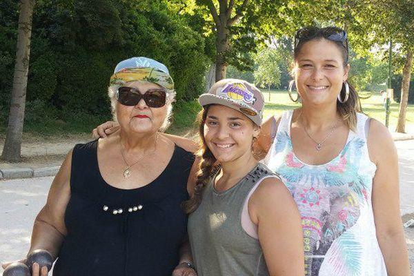 Trois générations pour une triplette.