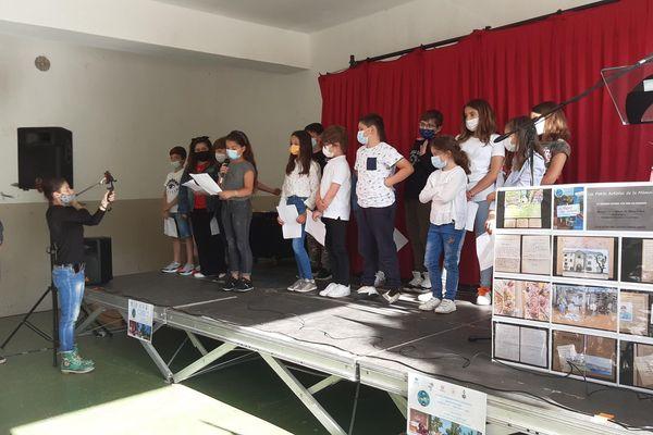 Dix-huit élèves composent la classe de CM1-CM2 de l'école René Subissi de Bastia