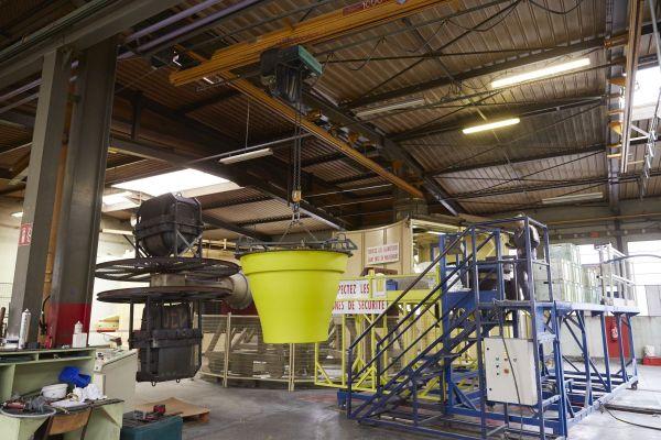 A Aigueperse dans le Puy-de-Dôme, l'entreprise ANVI plasturgie compte 25 salariés.