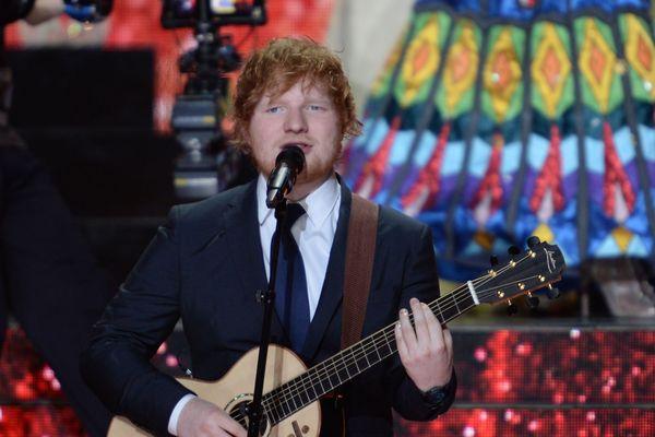 Ed Sheeran sur la scène de M.A.C.H 36 à Châteauroux lors de la cérémonie Miss France, samedi 16 décembre 2017