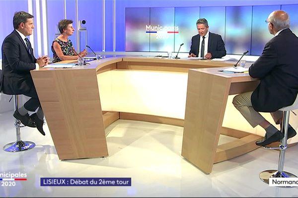 Les trois candidats à la mairie de Lisieux sur le plateau de France 3 Normandie.