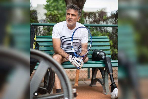 Stéphane Houdet, déjà quadruple médaillé olympique, sera le porte-drapeau de l'équipe de France lors des Jeux Paralympiques de Tokyo 2020.