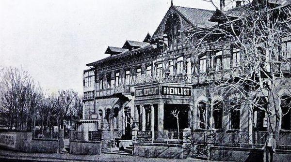La taverne Rheinlust a été endommagée durant la Seconde Guerre mondiale.