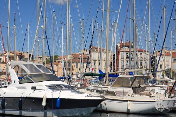 Un homme a été repêché mort dans le port de La Ciotat ce samedi matin.