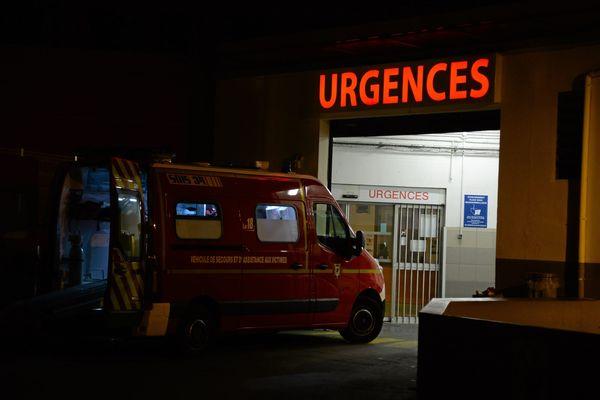 Pour désengorger les urgences, certains professionnels de santé proposent des solutions comme un binôme médecin / infirmier qui serait aussi plus proche du patient - octobre 2019