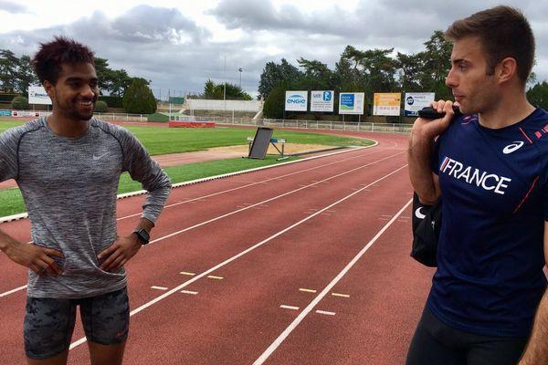 Aymeric Lusine (à gauche) rapporte le bronze du 800 mètres des Universiades de Taïwan