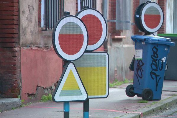 Les parents d'élèves s'inquiètent pour la sécurité des enfants aux abords de l'école Pierre Dupont de Toulouse.
