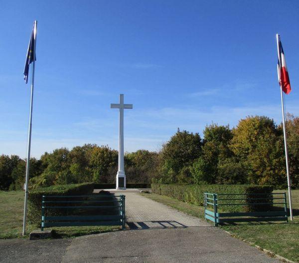La croix du souvenir français à Spicheren