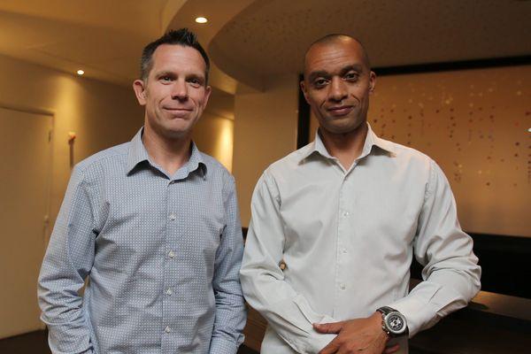 L'Américain Gary Allen (à gauche) voulait confier à Eric Descombes (à droite) la gestion au quotidien de l'ESTAC.