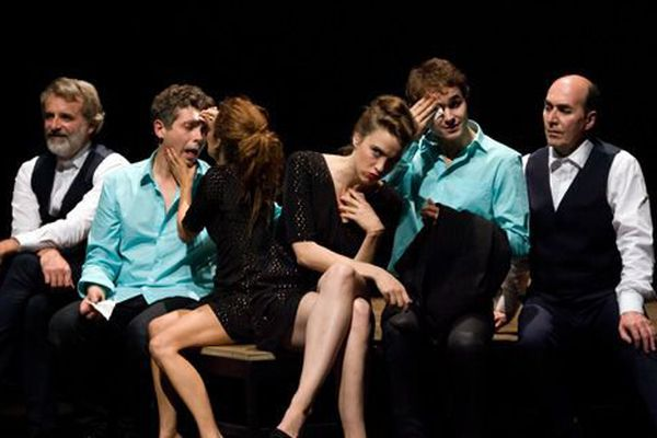 Les acteurs de la pièce « L'Abattage rituel Gorge Mastromas ».