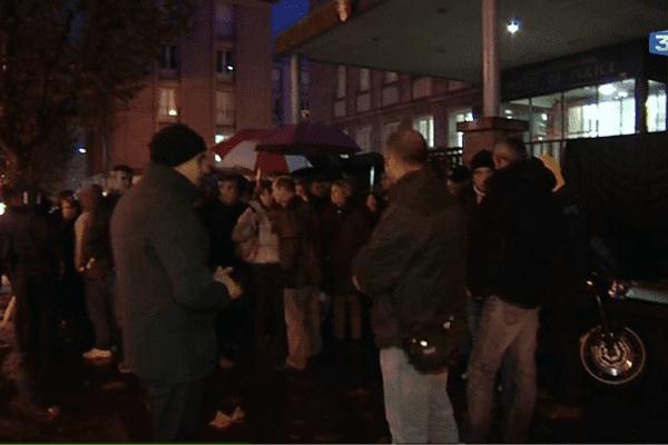 Rassemblement en silence de policiers à Brest