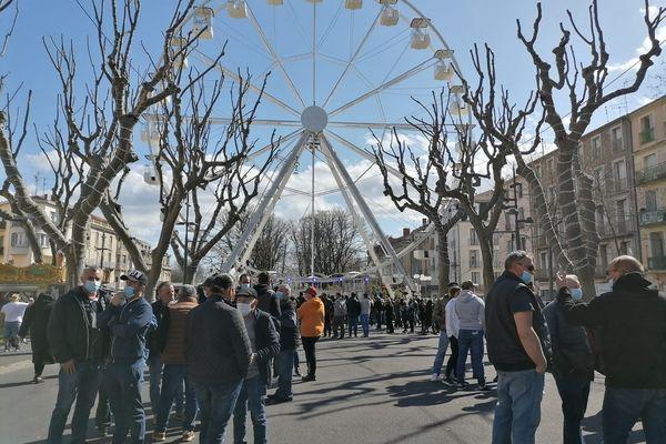 """""""Béziers sera la capitale de la fête foraine !"""", sourit Jean Dubois, propriétaire de la grande roue sur les Allées Paul Riquet."""
