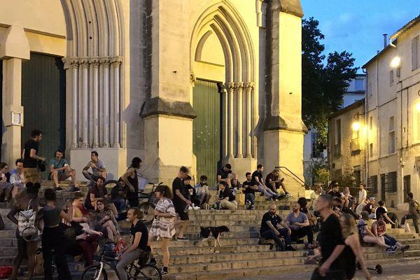 Rassemblés sur les places, les marches d'édifices divers, près de 160 personnes contrôlées à Montpellier dans le cadre du non-respect des règles de déconfinement.
