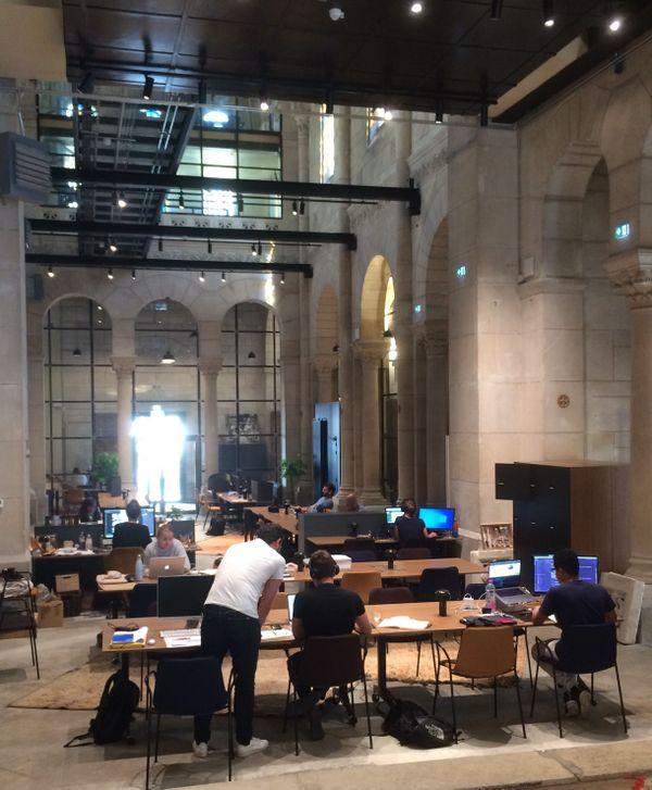 W'iN, aménagé dans une ancienne chapelle, peut accueillir une centaine de coworkers. 22 juillet 2020