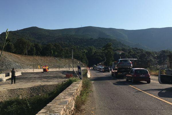 Un motard est dans un état grave après une collision avec une voiture lieu-di-Funtatone.