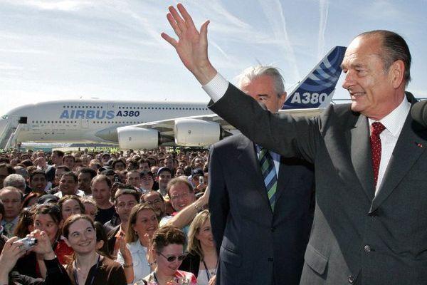 Le 28 avril 2005, Jacques Chirac assiste au premier vol de l'A380 à Blagnac. C'est sa dernière visite officielle en Midi-Pyrénées.