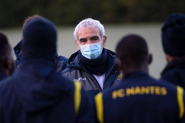 Première séance d'entrainement pour Raymond Domenech avec le FC Nantes, le 30 décembre 2020