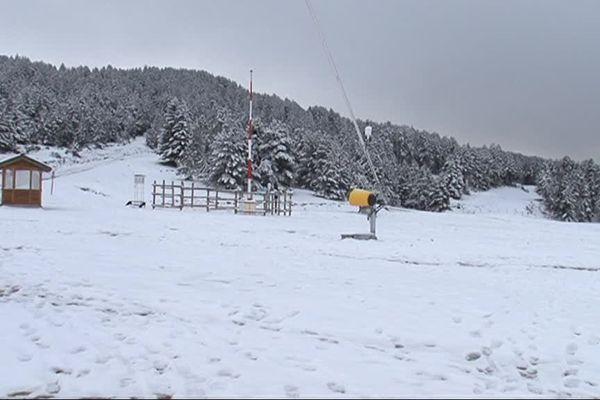 Manteau blanc sur les pistes de ski du plateau de Beille (09)