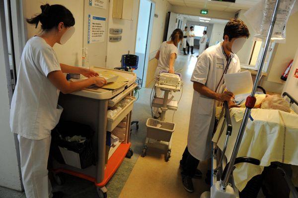 Les étudiants infirmiers de Toulouse ont été réquisitionnés à la demande du gouvernement pour des missions d'aide-soignant au CHU.