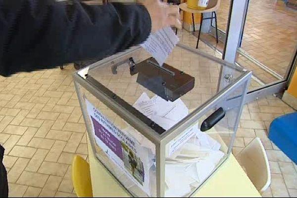 Les parents ont voté le report de la réforme à 63%.