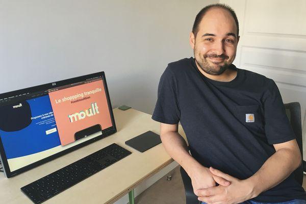 Pierre Prévoteau est développeur web. Originaire de Reims, il a créé un site internet pour réserver son shopping moult.fr