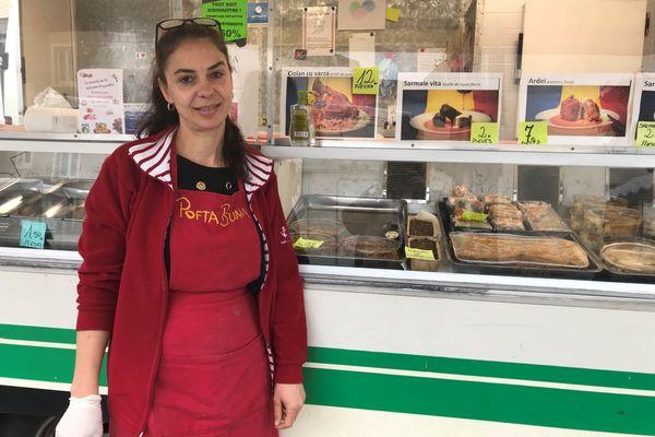 Tania est arrivée de Roumanie il y a 15 ans.