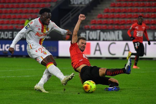 Le RC Lens s'est imposé 2 à 0 face à Rennes.