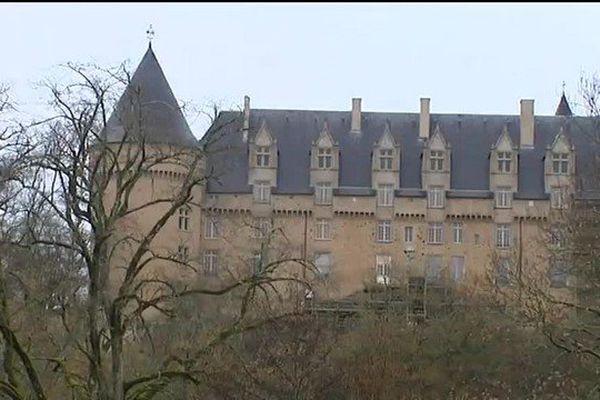 La façade sud du château rénovée