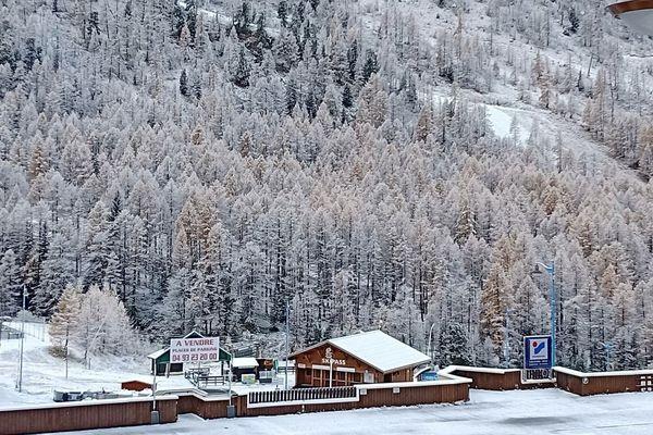 Premières neiges à Isola 2000, mardi 5 novembre 2019.