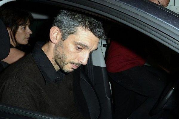 Yann Montiège le kiné du MAHB le 2 octobre à Paris lors de son arrestation par les policiers.