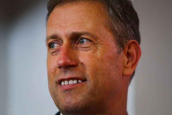 Alain Perrin mène une mission d'évaluation de l'ASNL au profit du nouveau président du club.