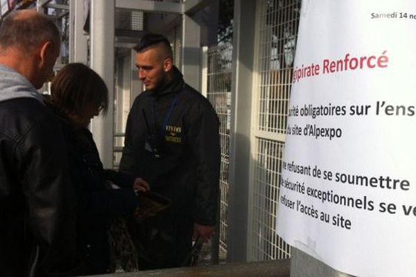 Contrôles renforcés à l'entrée de la Foire de Grenoble