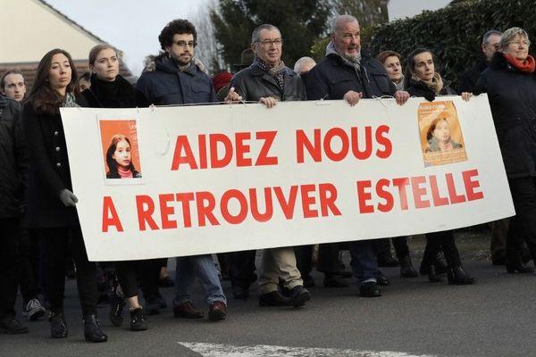 Le père d'Estelle Mouzin lors d'une marche en sa mémoire, le 13 janvier 2018 à Guermantes (Seine-et-Marne).
