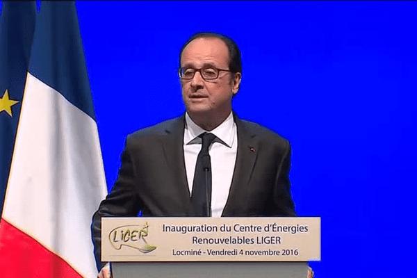 François Hollande inaugure le centre d'énergies renouvelables de Locminé
