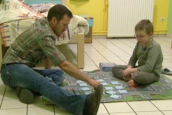 Illustration du travail quotidien des Nids auprès des enfants placés à Longueville-sur-Scie