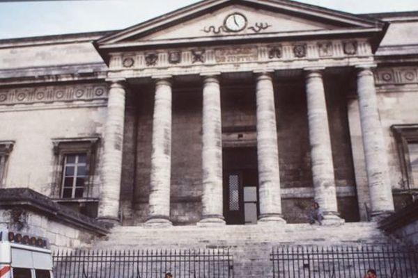Le tribunal d'Angoulême.