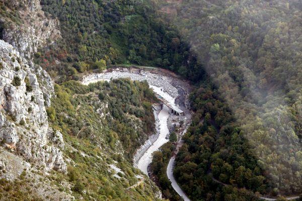 Le pont de Pertus à Breil-sur-Roya (Alpes-Maritimes) après le passage de la tempête Alex, le mardi 6 octobre 2020.