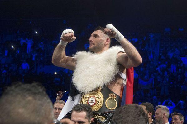 """Premier titre de champion du monde pour le Français Arsen """"Feroz"""" Goulamirian à Marseille."""