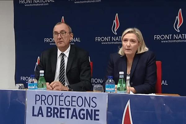 Gilles Pennelle, candidat FN aux élections régionales et Marine Le Pen, présidente du front National, à Vannes