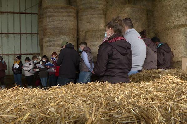 La chambre d'agriculture de Creuse organise pour les étudiants des demi-journées de formation chez des agriculteurs