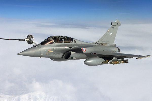 Le mirage 2000D, un avion de chasse de l'Armée française