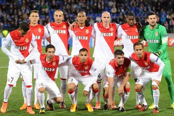 L'équipe de l'AS Monaco à l'entame du match à Saint-Petersbourg