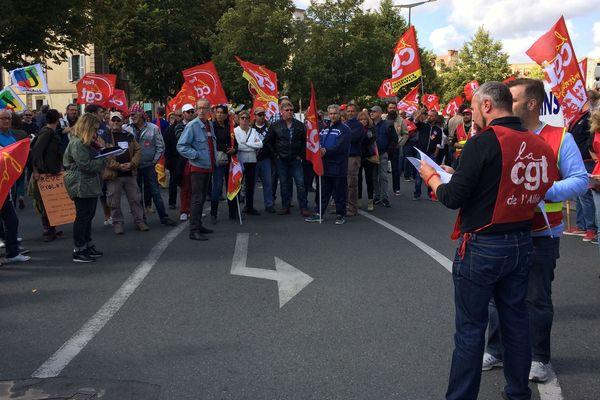 A Moulins, des manifestants se sont retrouvés devant la préfecture de l'Allier.