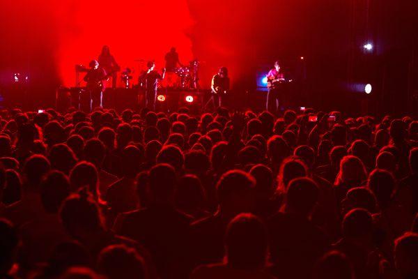 L'Occitanie compte plus de 300 festivals, comme le This Is Not A Love Song Festival à Nîmes Gard.